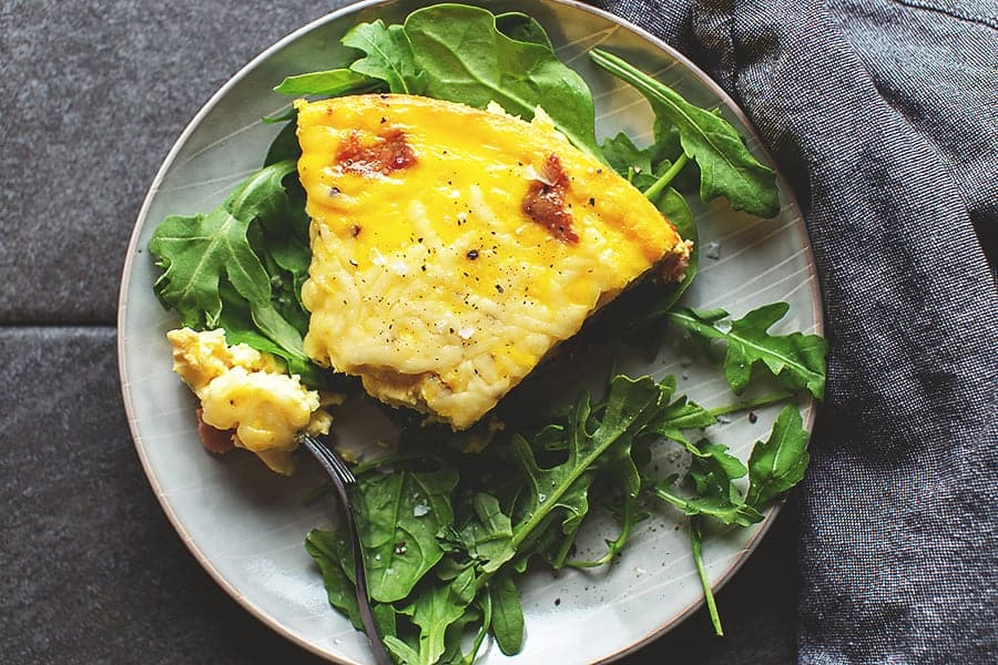 keto quiche with arugula