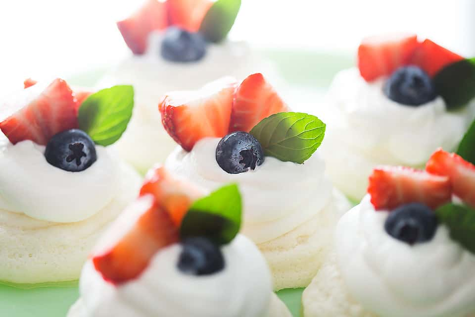 low carb mini pavlovas