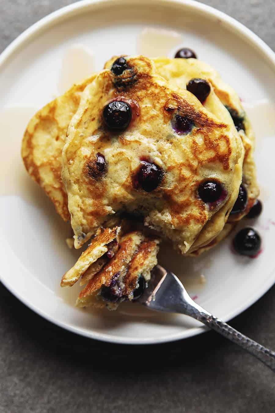 keto blueberry pancakes