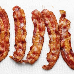 crispy bacon on paper towels