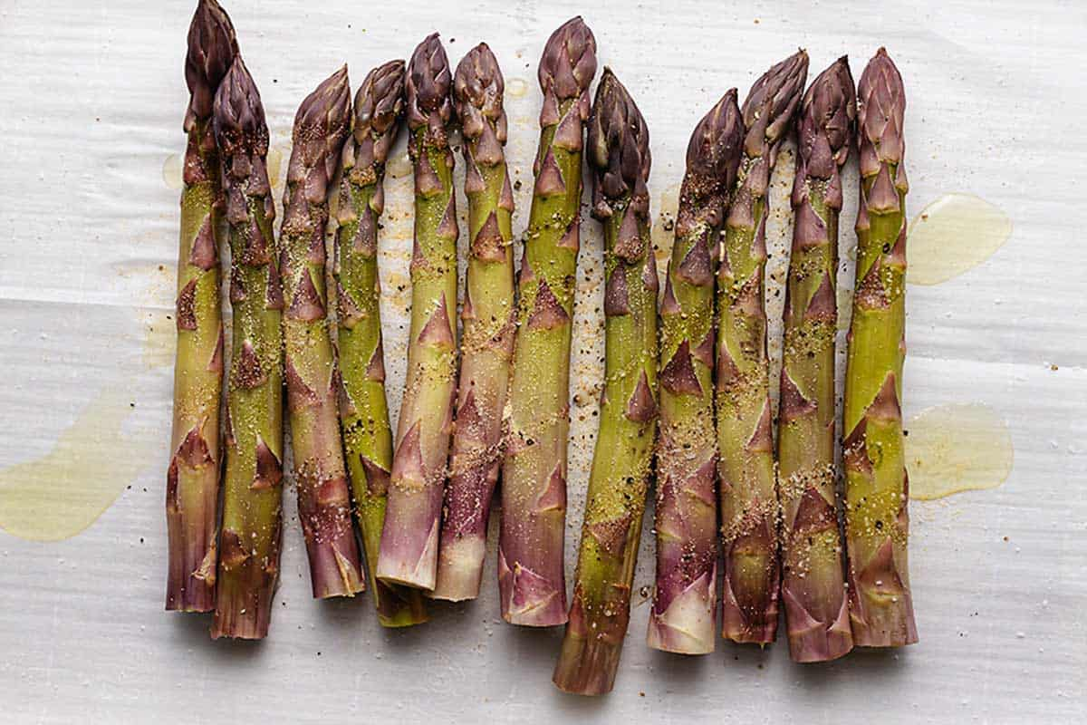 seasoning on thick asparagus