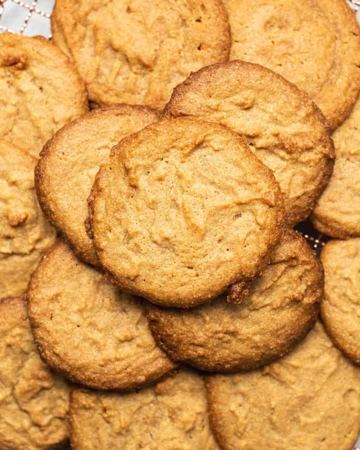a tray of peanut butter cookies