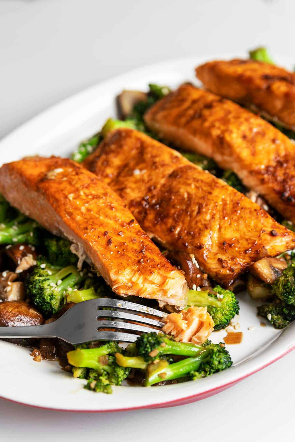 keto teriyaki salmon on a white plate