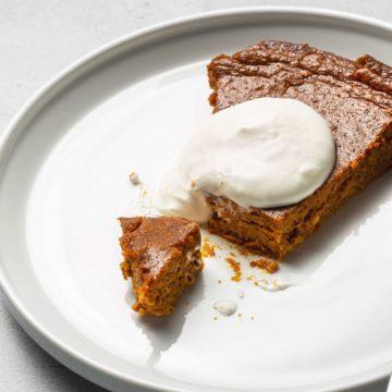 keto pumpkin pie on a white plate